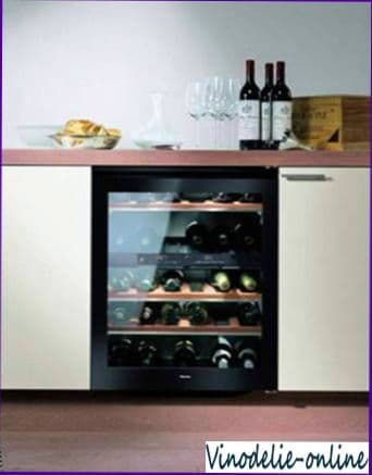 Как правильно выбрать винный шкаф для дома