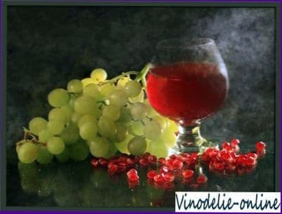 Виноград в виноградном соке